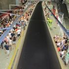 Cariocas e turistas coloriam as estações (Guilherme Brito / G1)