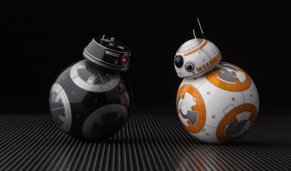 O robô BB-8 de Star Wars com o seu antagonista no próximo filme da saga (Foto: Reprodução)