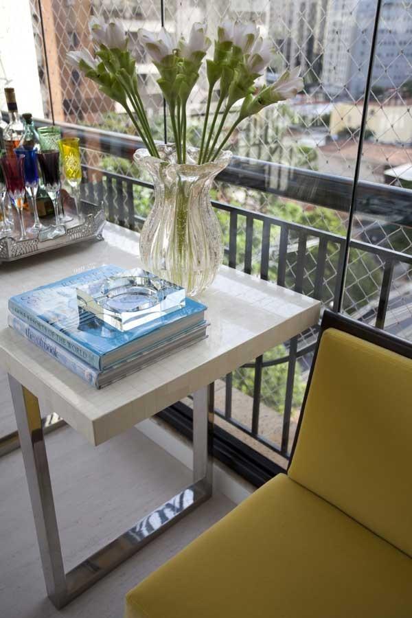 Objetos coloridos animam a decoração (Foto: Divulgação)