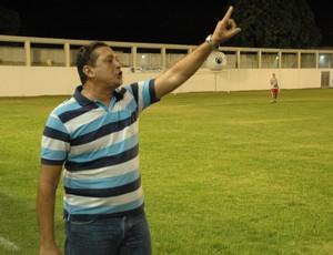 Hugo Sales, técnico do Nacional-PB (Foto: Richardson Gray / Globoesporte.com/pb)