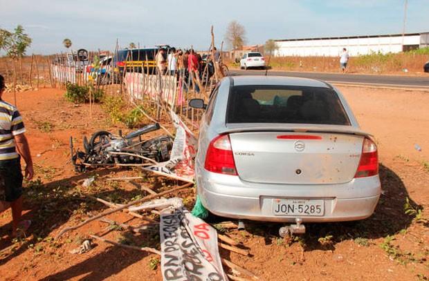 Acidente foi registrado na manhã desta quarta-feira (2), na BR-405 (Foto: Marcelino Neto)