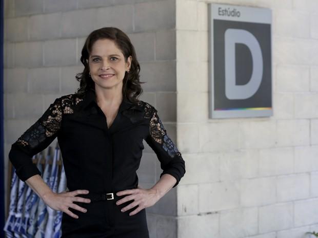 Drica Moraes manda recado para o público (Foto: Artur Meninea/Gshow)