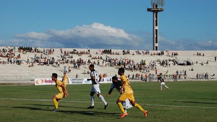 Treze x Paraíba, pelo Paraibano (Foto: Iago Bruno / GloboEsporte.com)