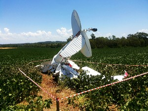 acidente avião RS (Foto: Tiago Guedes/RBS TV)