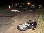 Dois morrem após batida entre moto e van; ônibus ainda atropelou vítimas