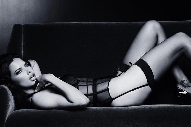 Adriana Lima em foto no Instagram (Foto: reprodução/Instagram)