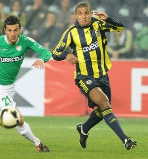 Gökçek Vederson (Foto: Divulgação/Site oficial Fenerbahçe)