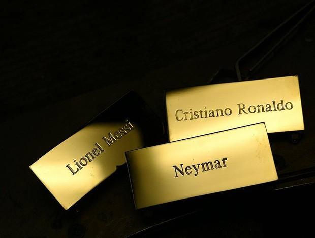 Placas Neymar, Messi e CR7