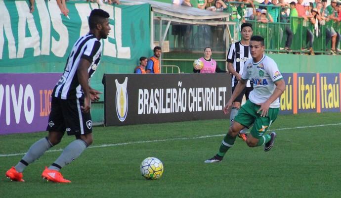 Lucas Gomes Chapecoense (Foto: Giba Pace Thomaz/Chapecoense)