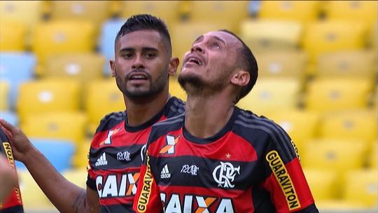 """Alan Patrick se salva em """"bonde"""", e Flamengo busca permanência do meia"""