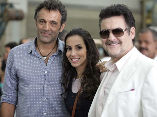 Domingos Montagner, Tânia Khalill e Antonio Calloni posam para foto (Foto: Salve Jorge / TV Globo)