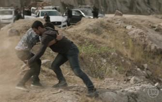 Jonatas luta com Jacaré