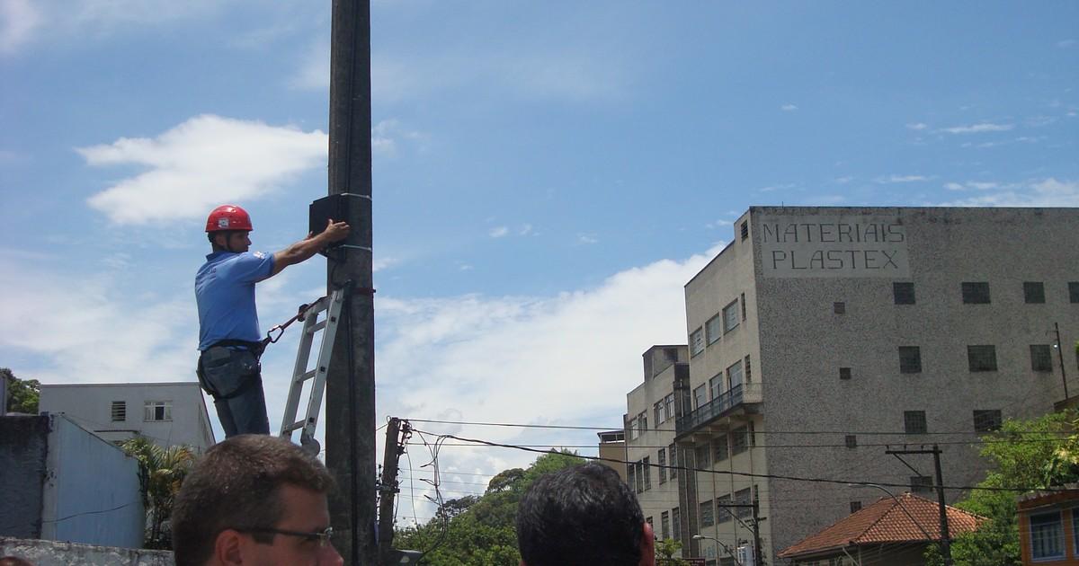 Defesa Civil de Petrópolis monitora rio da Rua Coronel Veiga por ... - Globo.com