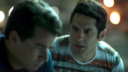 Júlio e Agnaldo pensam em fugir
