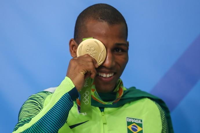 Robson Conceição conquista primeiro ouro da história do Brasil no boxe (Foto: Geraldo Bubniak / Agência O Globo)