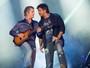 Victor & Leo balançam corações na Arena da Festa do Peão de Barretos