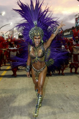 Gracyanne Barbosa, da X-9 (Foto: Celso Tavares/EGO)