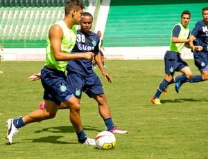 Ronaldo, atacante do Guarani (Foto: Rodrigo Gianesi / Globoesporte.com)