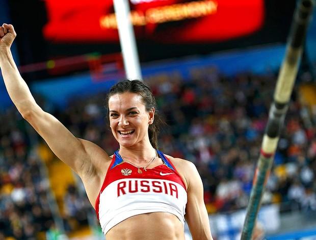 Isinbayeva salto com vara mundial indoor de atletismo (Foto: Agência Reuters)