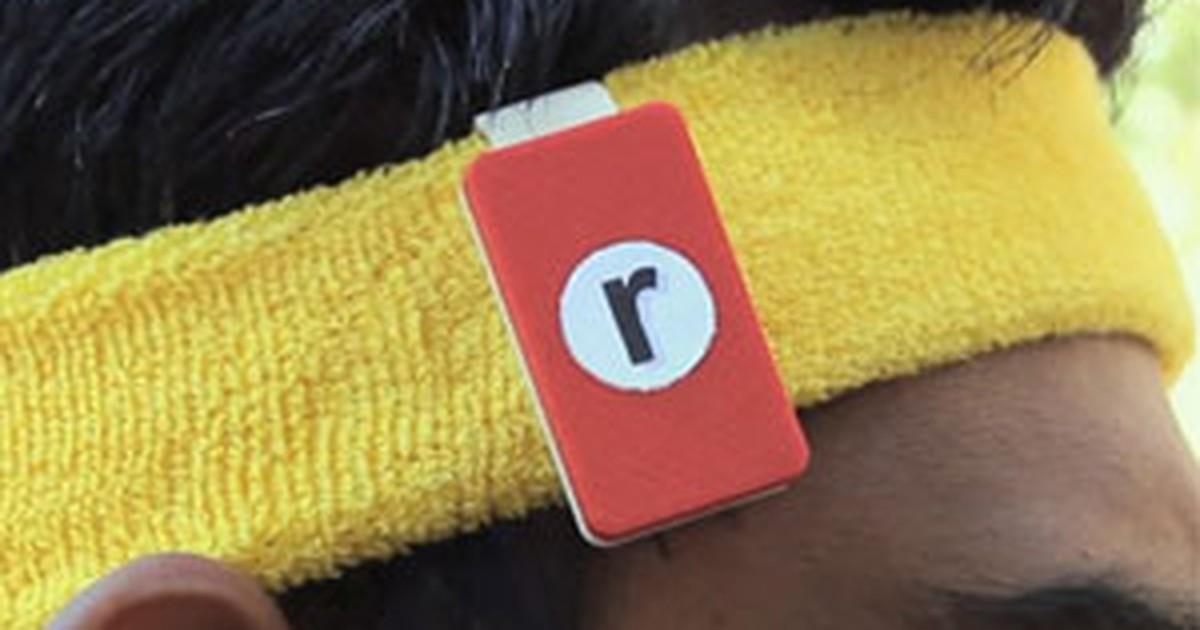 Acessório permite ler livros em tablets enquanto se corre em esteiras