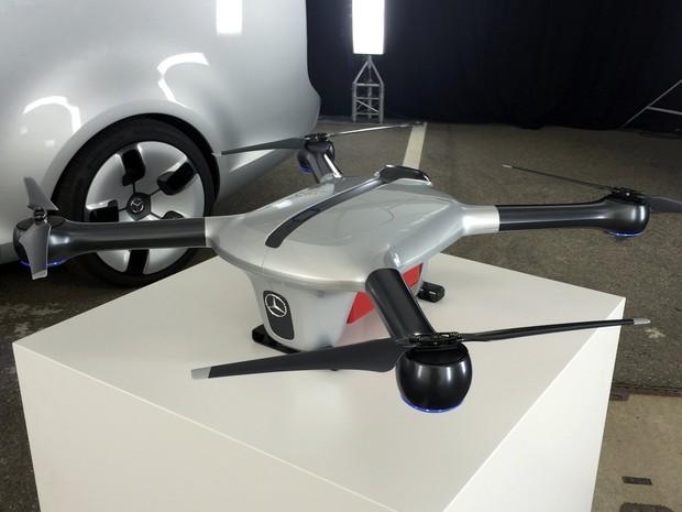 Mercedes-benz mostra drone para entregas rápidas (Foto: REUTERS/Edward Taylor)