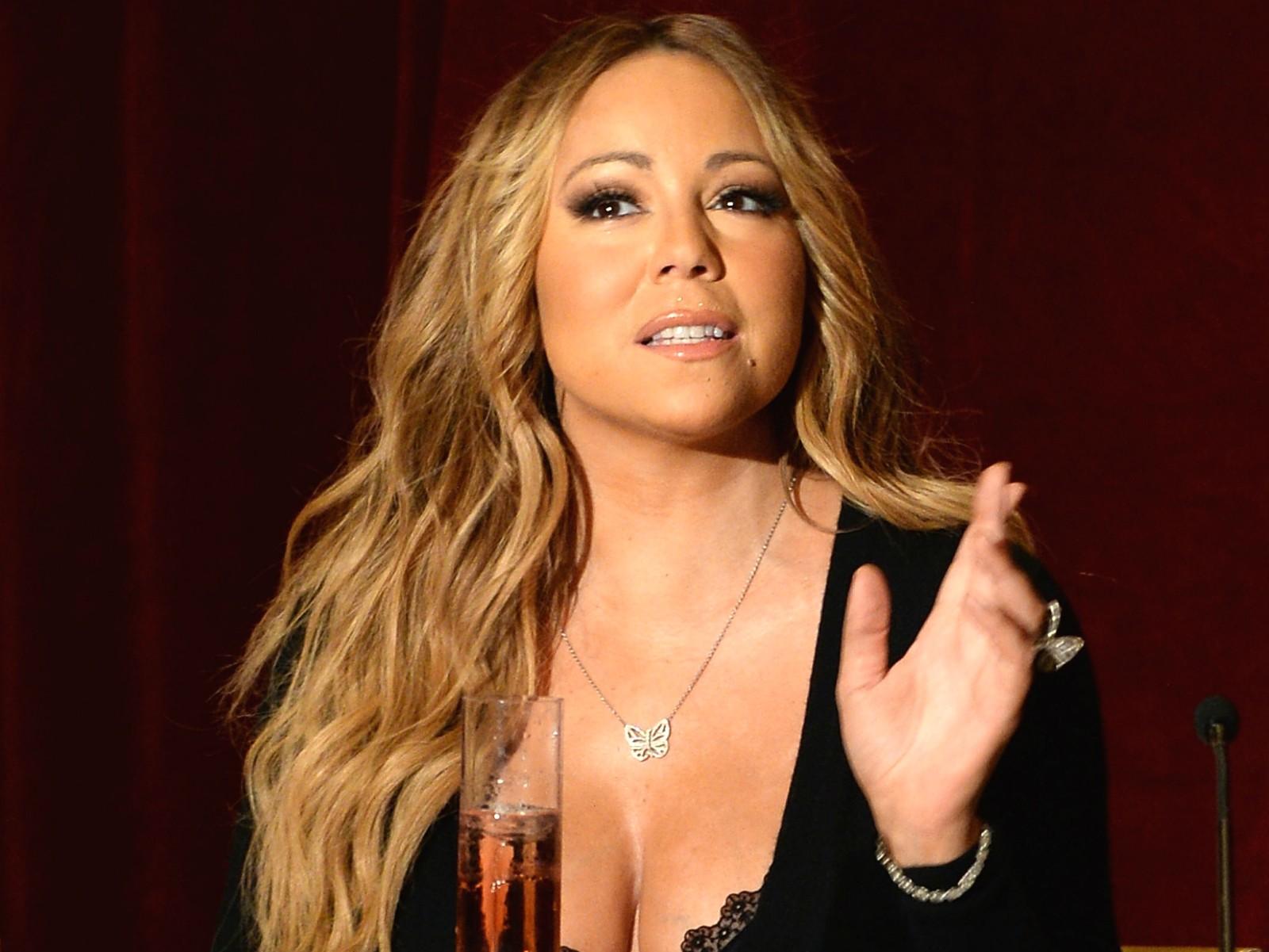 """""""Não frequentei nenhuma escola de música. Frequentei a p*rra da escola da vida"""" — Mariah Carey no 'American Idol' em 2013. (Foto: Getty Images)"""