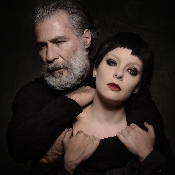 Leopoldo Pacheco e Regiane Alves caracterizados como Fernando e Raquel (Foto: Pino Gomes)