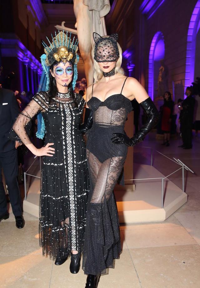 Wendi Murdoch e Karlie Kloss (Foto: reprodução/instagram)