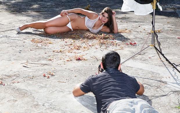Making of Andressa posando para o Paparazzo (Foto: Alexandre Campbell)