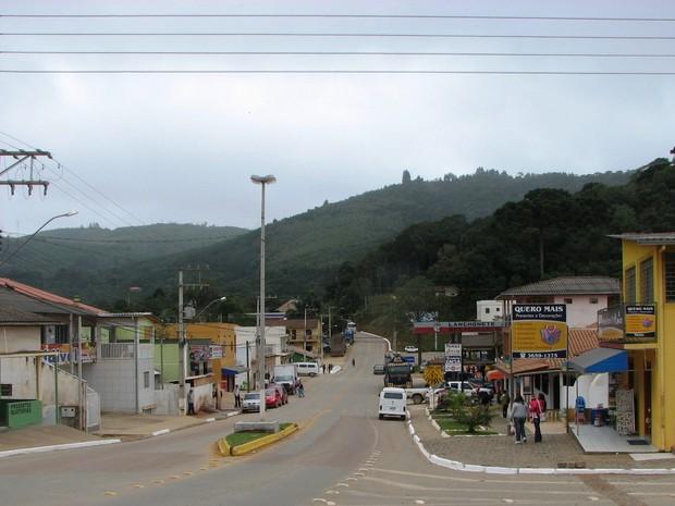 Em Tunas do Paraná houve um pequeno tremos de terra na tarde de segunda-feira (5) (Foto: Caio Murilo Cruz da Silva/ Arquivo pessoal)