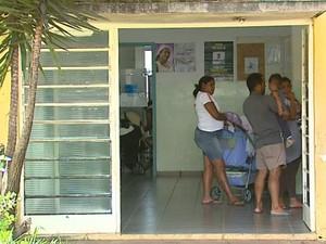 Posto de saúde do bairro Selmi Dei, em Araraquara (Foto: Reginaldo dos Santos/EPTV)