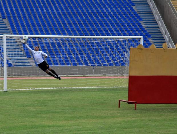 Rodrigo Ramos renovou contrato com o Sampaio por duas temporadas (Foto: Diego Chaves/O Estado)