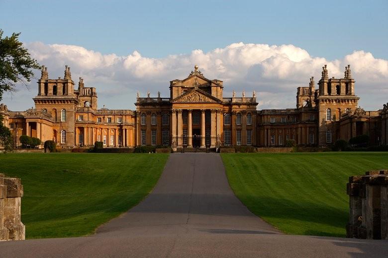 Palácio de Blenheim, em Oxfordshire, na Inglaterra: locação do próximo desfile da Dior (Foto: Getty Images)