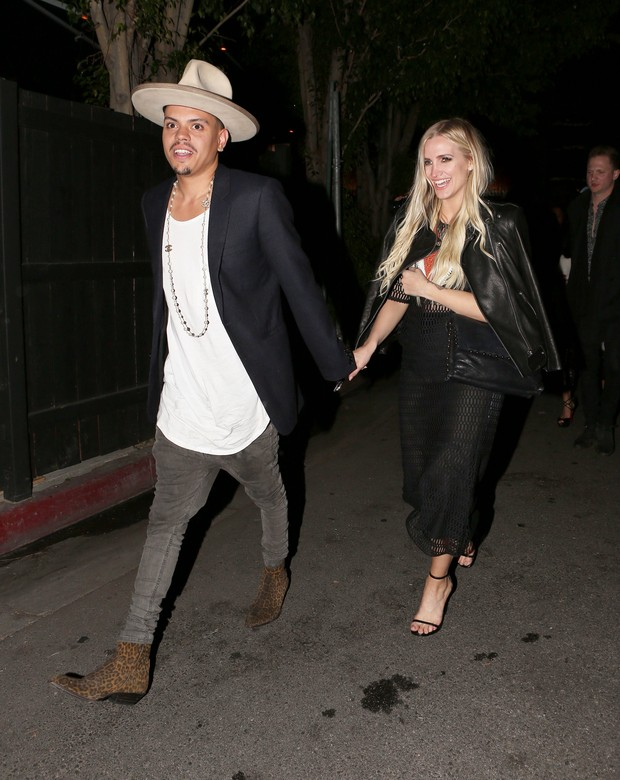 Ashlee Simpson e Evan Ross curtem festa vip em Los Angeles (Foto: X17  )