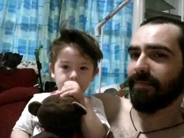 Macaco de pelúcia era do pai, Bruno da Cunha Mendes (Foto: Arquivo pessoal)