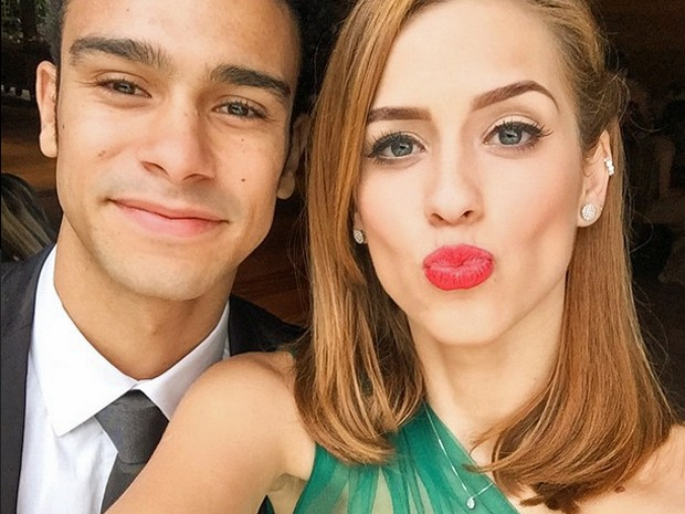 Sophia Abrahão posa ao lado de Sérgio Malheiros (Foto: Reprodução)