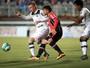 Sem vencer em casa, Joinville empata com o Ceará, que sobe e entra no G-4