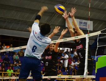 Lorena São José Vôlei x Sesi-SP (Foto: Felipe Kyoshy/GloboEsporte.com)