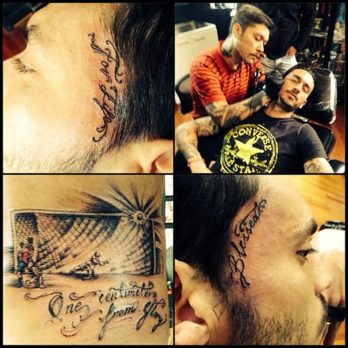 Pinilla faz tatuagem de bola na trave que teria eliminado o Brasil ... 73856fb1a9a