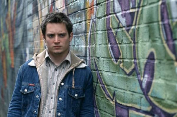 Elijah Wood em 'Hooligans' (2005) (Foto: Divulgação)