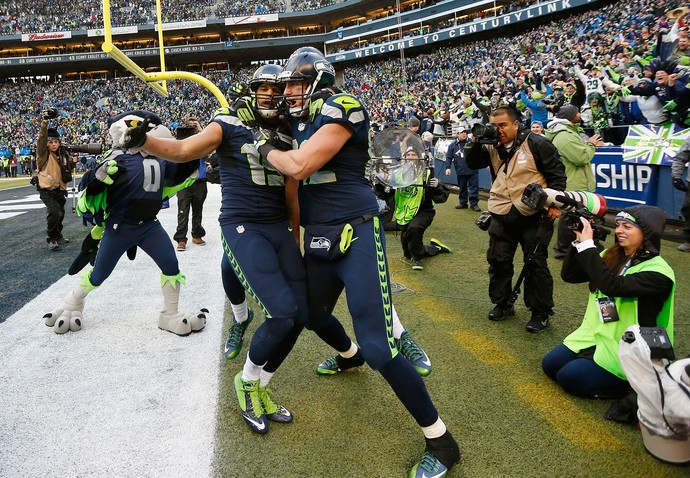 Jermaine Kearse e Luke Willson, NFL, seahawks (Foto: Reuters)