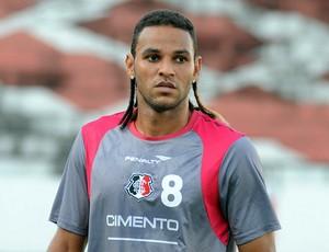 Dênis Marques, atacante do Santa Cruz (Foto: Aldo Carneiro)