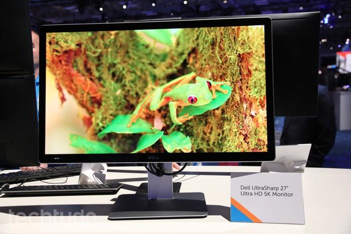 Dell UltraSharp 27 Ultra HD é um monitor com qualidade 5K (Foto: Anna Kellen Bull/TechTudo)