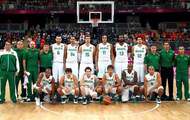 Seleção de basquete do Brasil em Londres (Foto: Reuters)