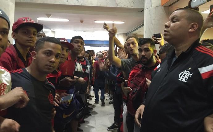 Torcida Flamengo corredor polonês (Foto: Fred Gomes)
