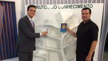 RBS TV promove projeto para arrecadação de livros (RBS TV/Divulgação)