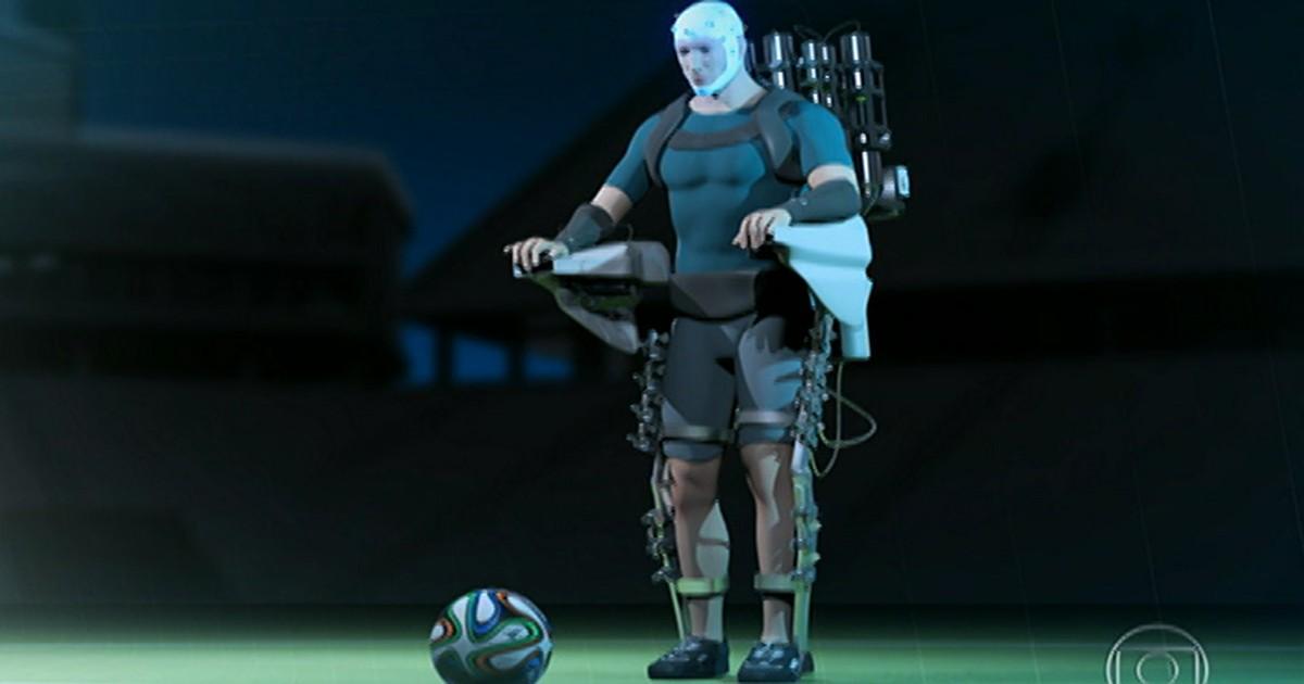 'Foi extraordinário', diz paraplégico que usou exoesqueleto em abertura