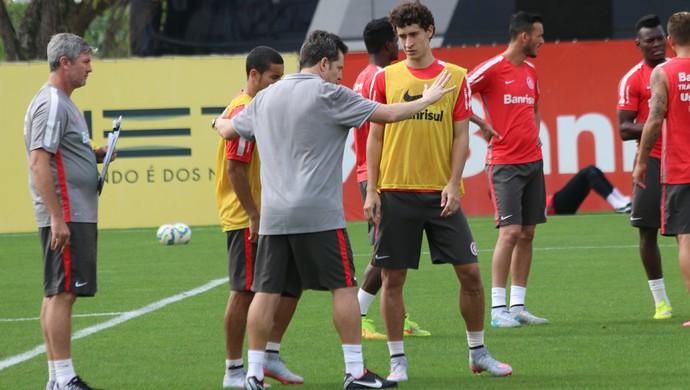 Argel William Rodrigo Dourado Inter (Foto: Tomás Hammes / GloboEsporte.com)