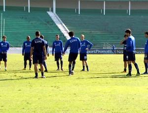 Guarani treina no Brinco de Ouro (Foto: Márcio de Campos / EPTV)