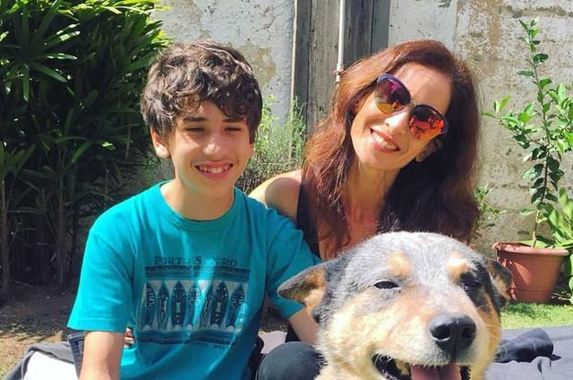 Ingra Lyberato com seu filho Guilherme (Foto: Reprodução)